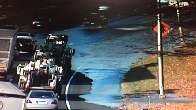 Water main break causes delays on I-95 in Darien. (CT DOT)
