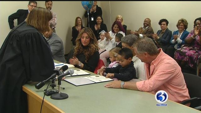 Four-year-old Jaylah and 5-year-old Jaziah found their forever homes with Pennsylvania residents Deirdre and Saul Vashier. (WFSB)