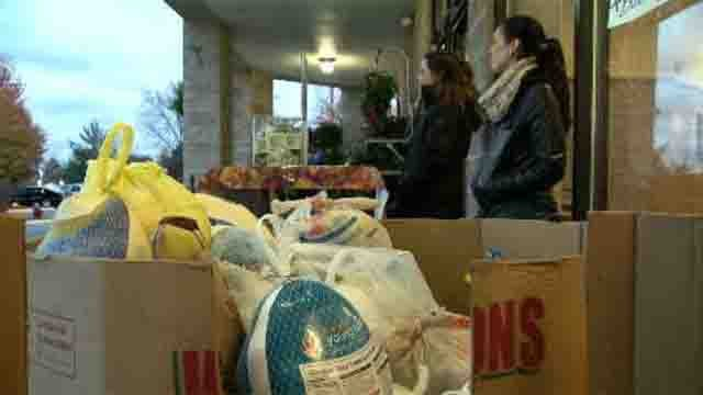 Foodshare was collecting turkeys and other goods on Sunday (WFSB)