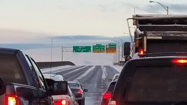 The Gold Star Bridge was closed for ice treatment Monday morning. (Merrill/iWitness photo)