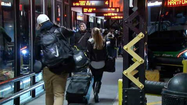 Many were getting a jump start on their holiday travel on Tuesday evening (WFSB)