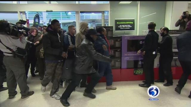 According to the National Retail Federation, about 20 percent of the more than 137 million people predicted to shop in stores and online will do so on Thanksgiving. (WFSB file)
