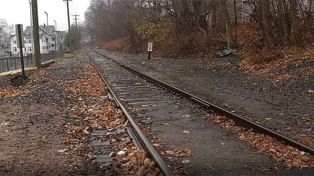 Residents in Bristol are complaining about overnight train noise (WFSB)