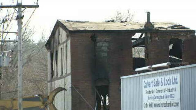 Crews battled a structure fire in Derby on Sunday morning (WFSB)
