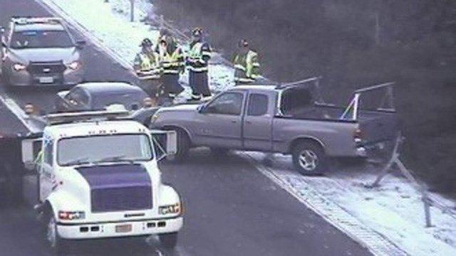 A crash on I-91 south in Rocky Hill snarled the morning commute. (DOT photo)