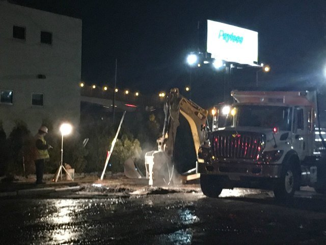 Crews make repairs to a water main break Thursday in Hartford (WFSB).