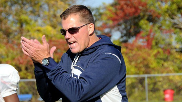 Randy Edsall's son will be allowed to be a football coach for the UConn Huskies. (AP Photo/George Ruhe)