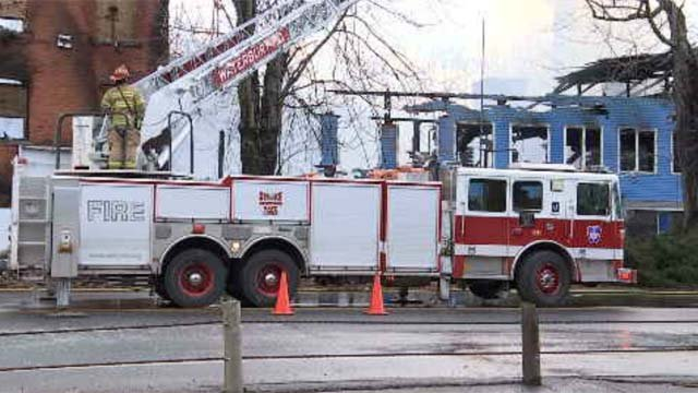 A fire destroyed a factory in Waterbury on Saturday night (WFSB)