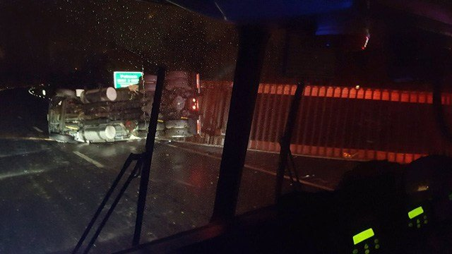A tractor trailer rolled over on I-395 north in Killingly on Tuesday morning. (QVEC-911 photo)