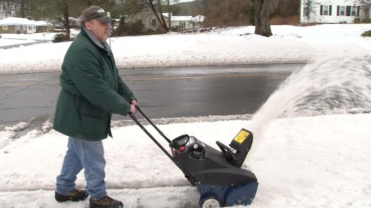 Residents continue clean up after nor'easter drops sleet, rain (WFSB)