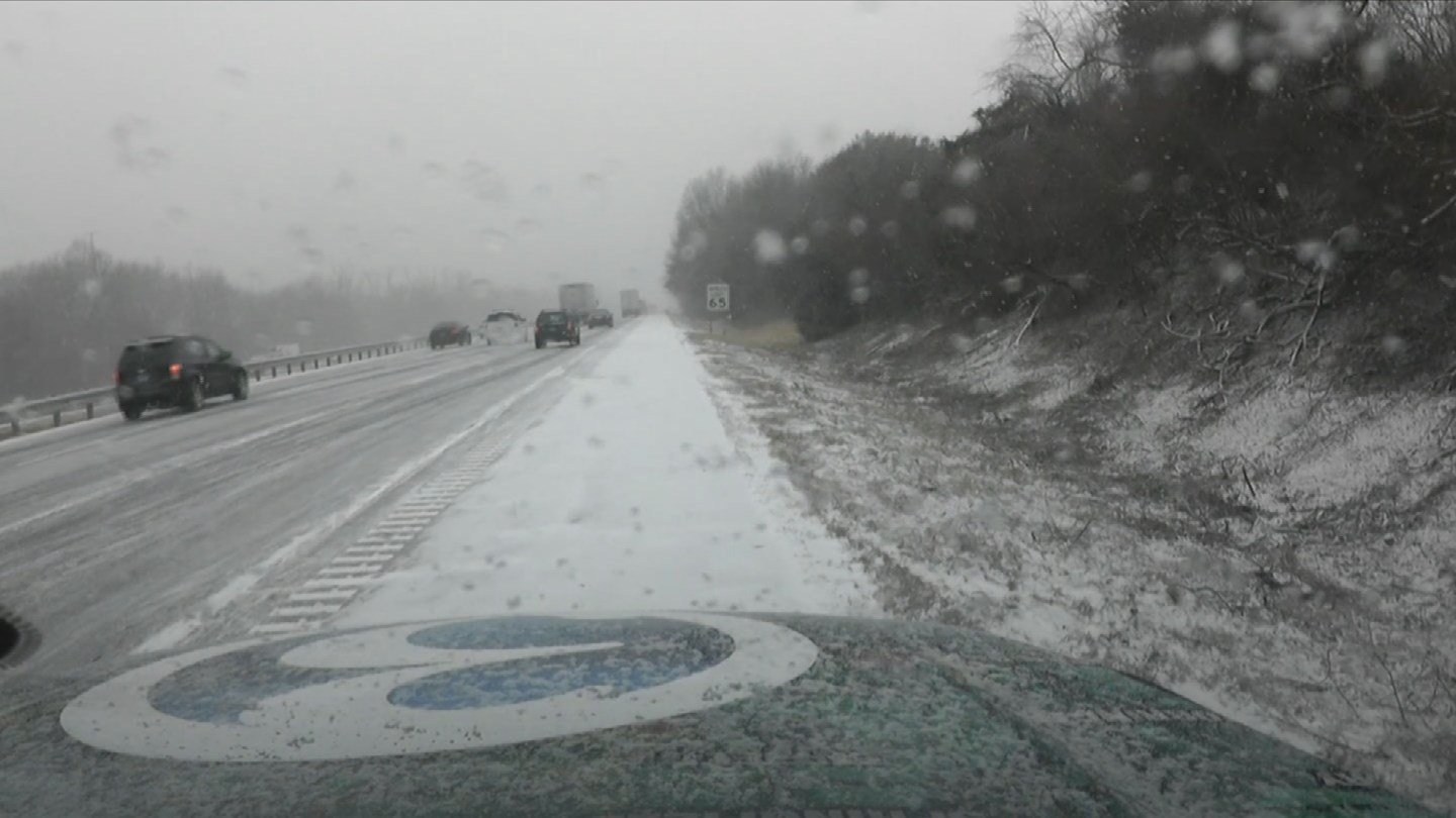 The road conditions on I-91 south in the Meriden area. (WFSB photo)