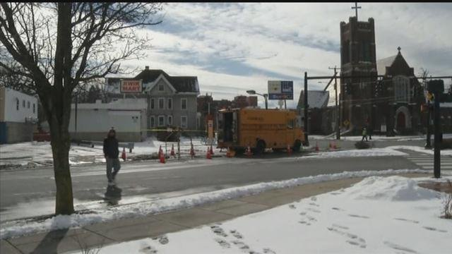 Crews are working after power outages were reported in downtown Meriden(WFSB)