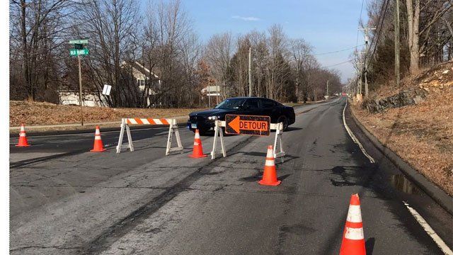Main Street in Glastonbury was closed for a brief period of time after a gas leak. (Glastonbury Police Department)
