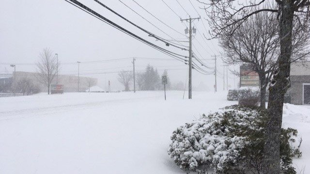 Snow came down fast in Torrington on Thursday. (WFSB photo)