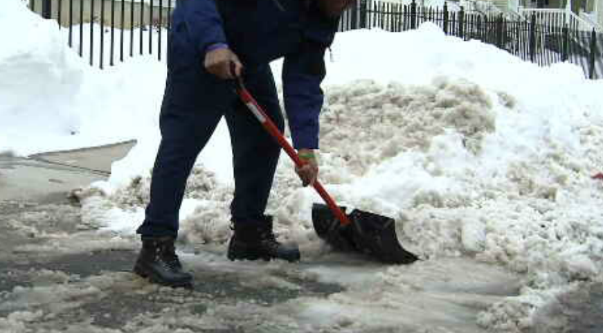 Hartford residents prepare for next winter storm. (WFSB)