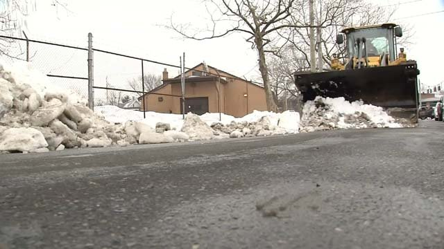 Snow removal continues in New Haven (WFSB)