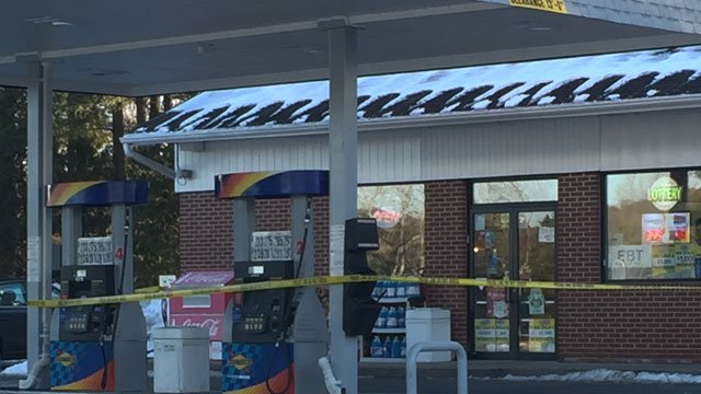 Police are investigating  robbery occurred at the Sunoco Gas Station in Farmingon on Friday. (WFSB)
