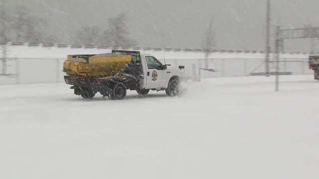 Crews continue to clean up after Blizzard Eugene in New Haven (WFSB)