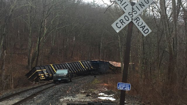 Police said the cars that derailed contained only cargo and no passengers. (WFSB)