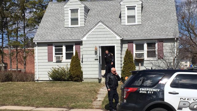 Police continue to comb through home on Newington Ave. in New Britain following a shooting. (WFSB photo)