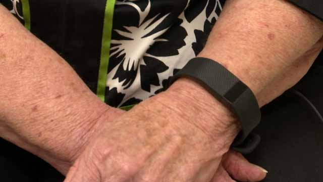 Pat Lauder says her Fitbit saved her life (WFSB)