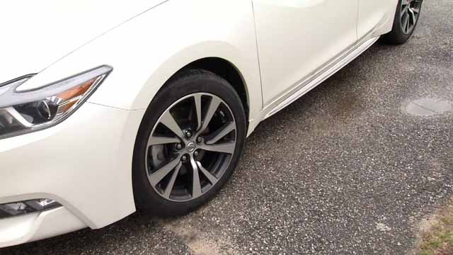 Tires are being stolen from cars in Waterbury (WFSB)