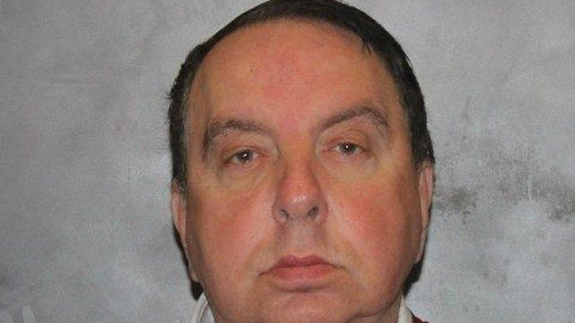 Harold Lee Abrams is accused of stealing $80,000 from a dentist office in West Haven. (West Haven police)
