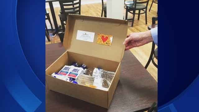 Police in Southington are handing out emergency kits to people in need (WFSB)