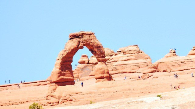 Delicate Arch set against a brilliant blue sky
