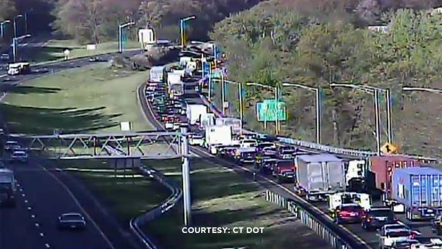 A multiple vehicle crash has caused a traffic backup on the westbound side of Interstate 84 in Middlebury. (CT DOT)