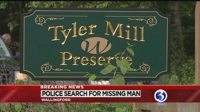 Wallingford police search for missing man at preserve
