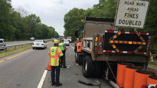 A DOT worker was struck on Route 15 south in North Haven. (State police photo)