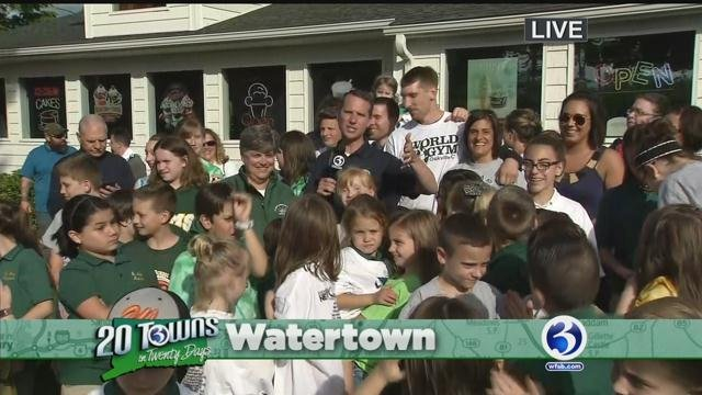 Channel 3 makes donation to St. Mary Magdalen School