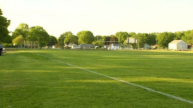 Parents are raising concerns about a turf project in North Haven (WFSB)
