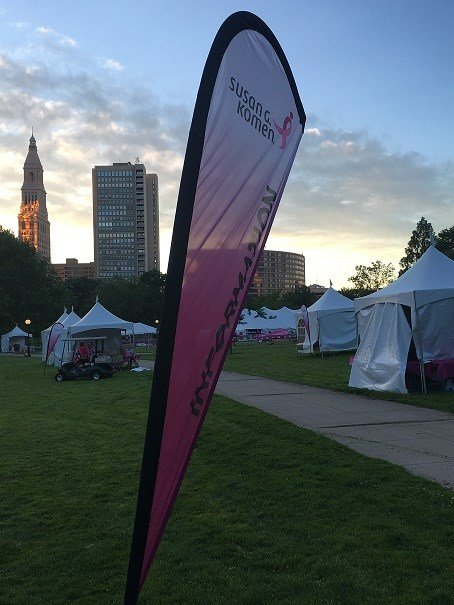 Staff sets up for the annual Race for the Cure in Bushnell Park.  (WFSB)