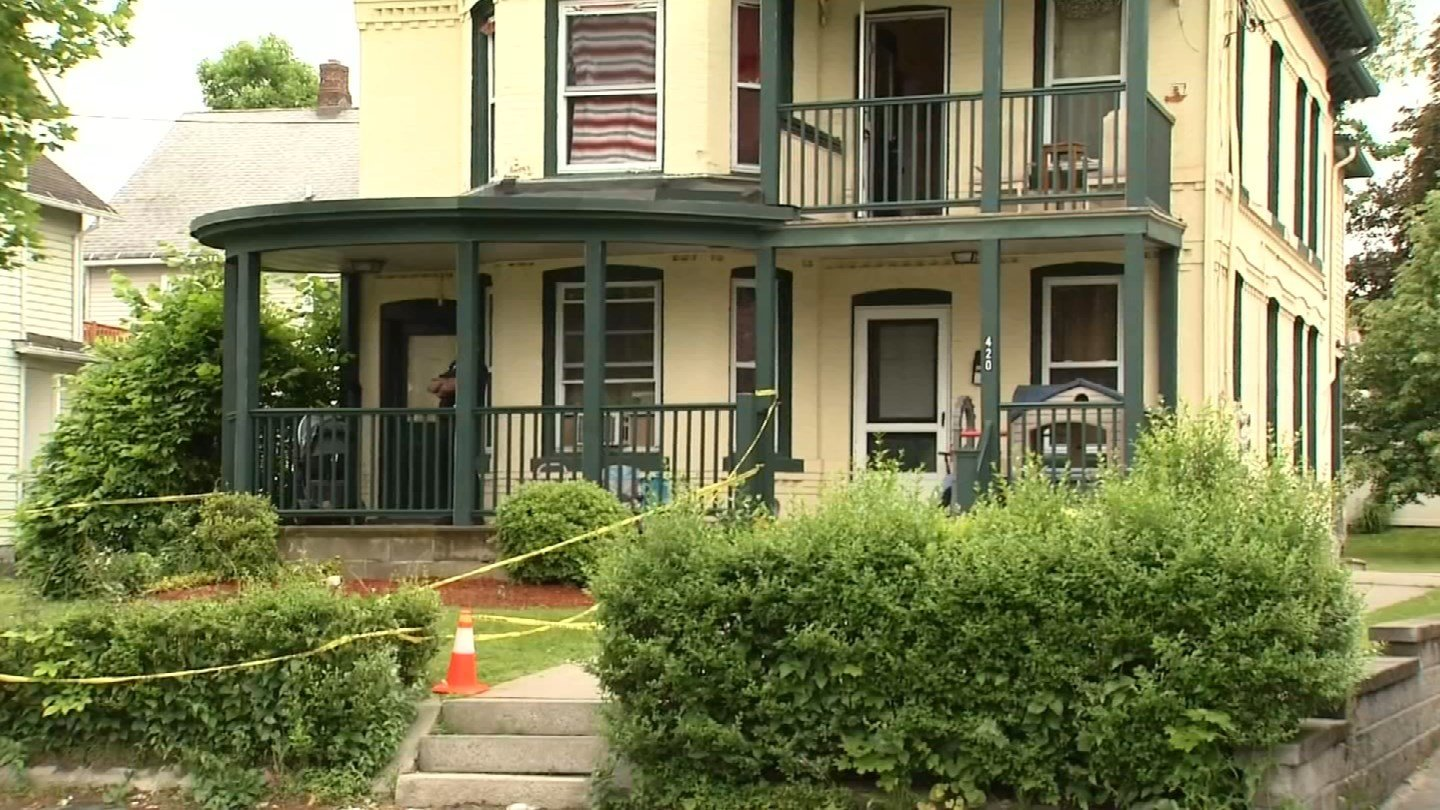 A 15-month-old child was found unresponsive at a South Main Street home in Torrington. (WFSB photo)