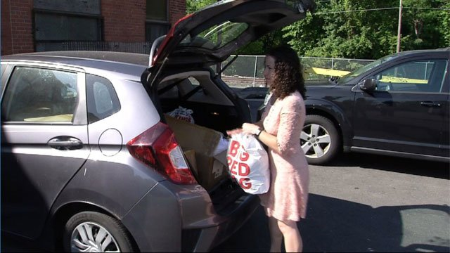 Support the Girls donates female products and clothing to Salvation Army in Hartford. (WFSB)