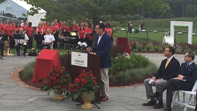 The governor delivered the open remarks for the Travelers Championship. (WFSB)