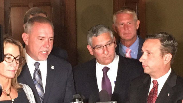 Reps. Themis Klarides (R) and Joe Aresimowicz  (D), and Sens. Len Fasano (R) and Bob Duff (D) during a previous state budget news conference. (WFSB)