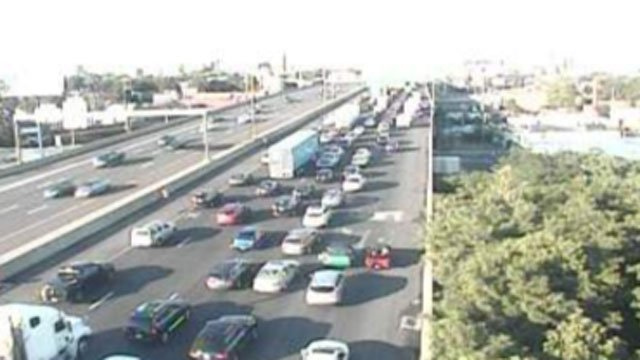 A crash involving a tractor-trailer has closed Interstate 95 in Bridgeport on Sunday. (CT DOT)