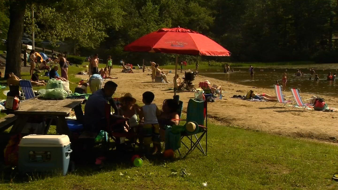 Mt. Tom State Park in Litchfield filled to capacity by early Sunday afternoon. (WFSB)
