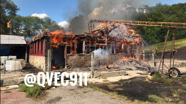 Barn catches on fire in Scotland on Tuesday. (@QVEC911)