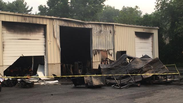 & Fire damages storage units in Wallingford - WFSB 3 Connecticut