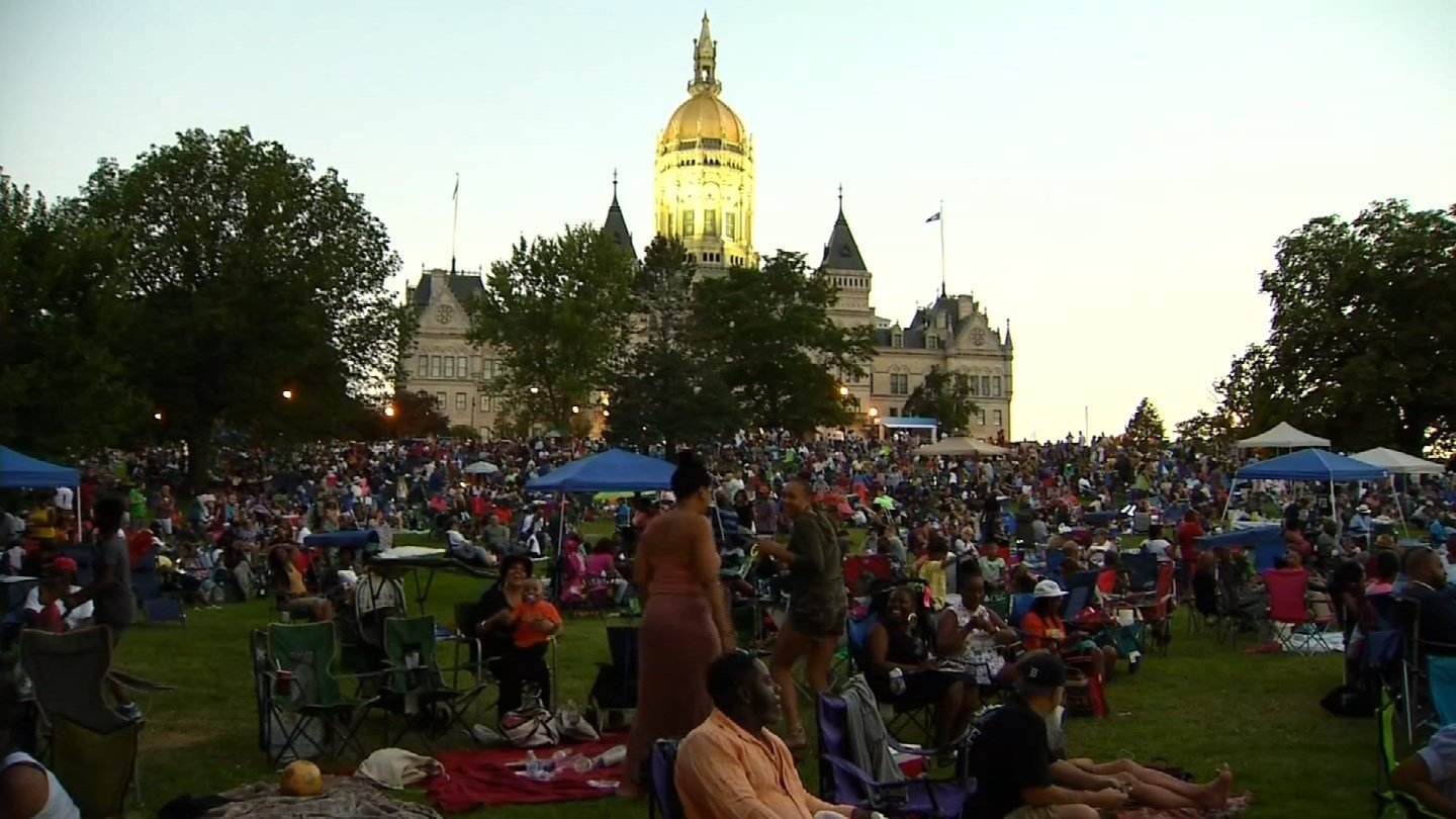 Hundreds came out to Hartford's Bushnell Park on Saturday, day 2 of 3, of the Hartford Jazz Festival.