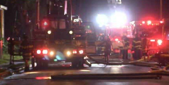 Several fire crews block Garden Street after an early morning fire (WFSB)
