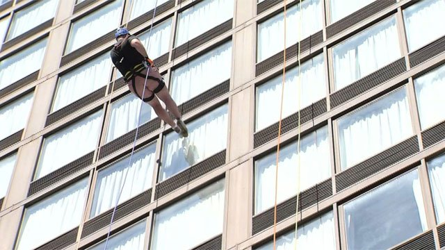 People rappel in Hartford to help the fight against addiction.  (WFSB)