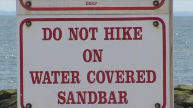 No hiking on the sandbar from Silver Sands to Charles Island. (WFSB file photo)