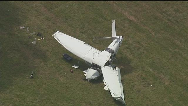 One person is dead after a plane crash in New Milford on Friday morning. (CBS)