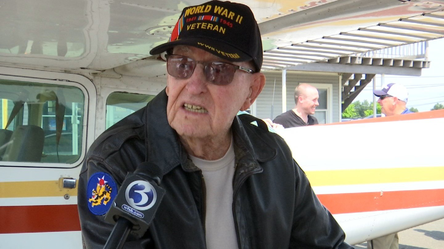 Robert Begley, a WWII pilot, flew again for the first time in 25 years on Friday. (WFSB)