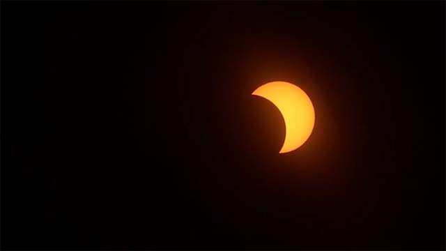 The partial solar eclipse has peaked. This is a shot from the Connecticut Science Center in Hartford. (WFSB)